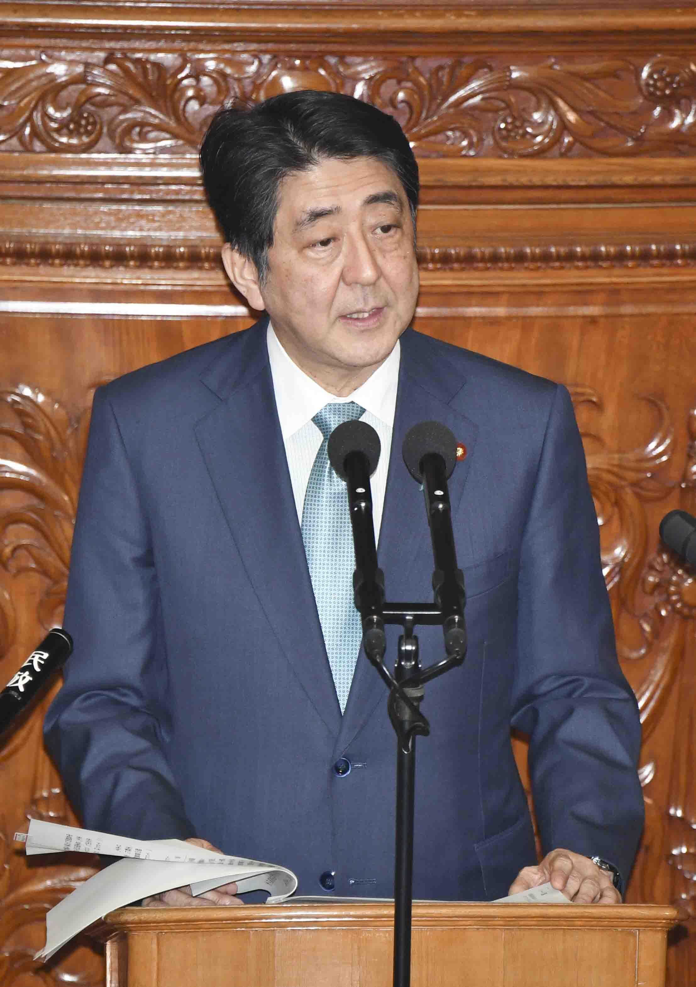 首相「最善の結果」決議、試算巡り火ぶた TPP国会審議入り